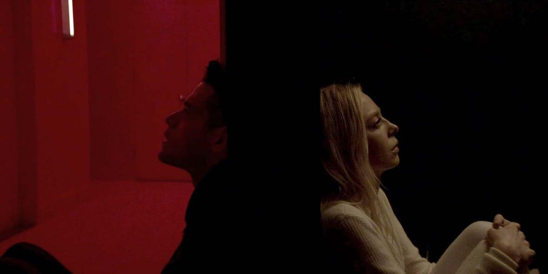 Rami-Malek-as-Elliot-Alderson-and-Portia-Doubleday-as-Angela-Moss-in-Mr-Robot